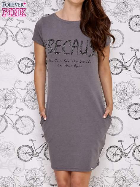 Ciemnoszara sukienka dresowa z napisem BECAUSE