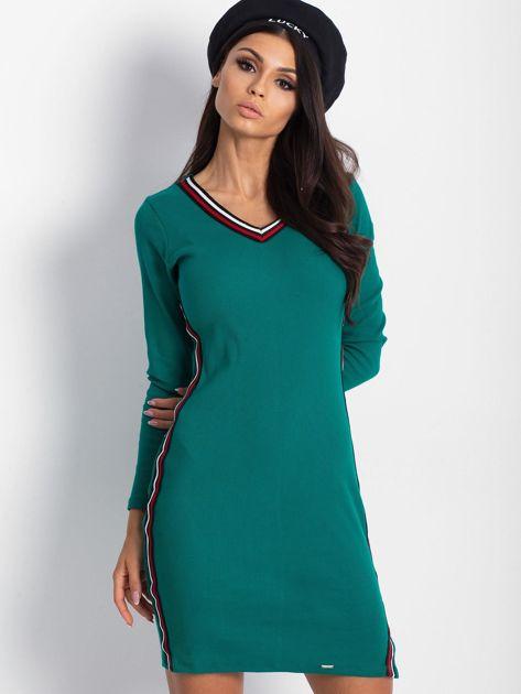 Ciemnozielona dopasowana sukienka z lampasami                              zdj.                              5