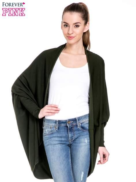 Ciemnozielony sweter narzutka z nietoperzowymi rękawami                                  zdj.                                  1
