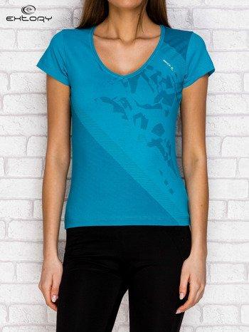 Ciemnozielony t-shirt z graficznym nadrukiem