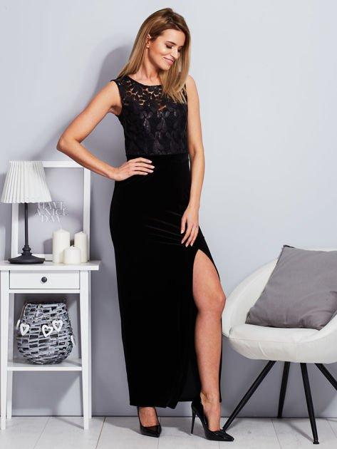 Czarna aksamitna sukienka z cekinowymi kwiatami                                  zdj.                                  4