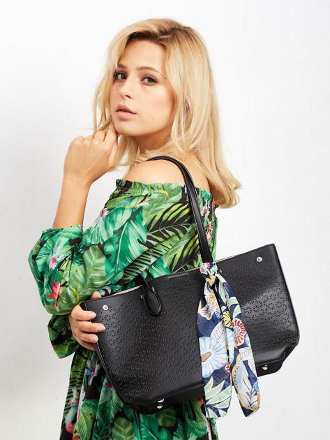 Czarna ażurowa torba shopper                              zdj.                              4