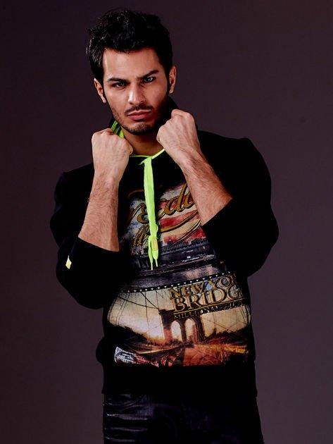 Czarna bluza męska z nowojorskim nadrukiem                                   zdj.                                  1