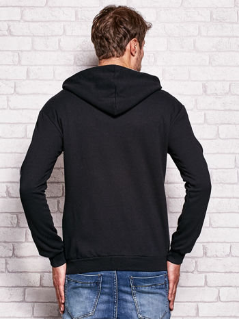 Czarna bluza męska z nowojorskimi motywami                                  zdj.                                  2