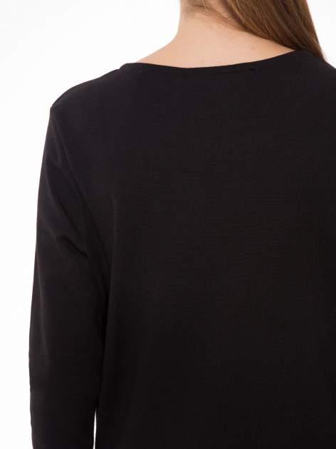 Czarna bluza z fotografią w stylu fashion                                  zdj.                                  7