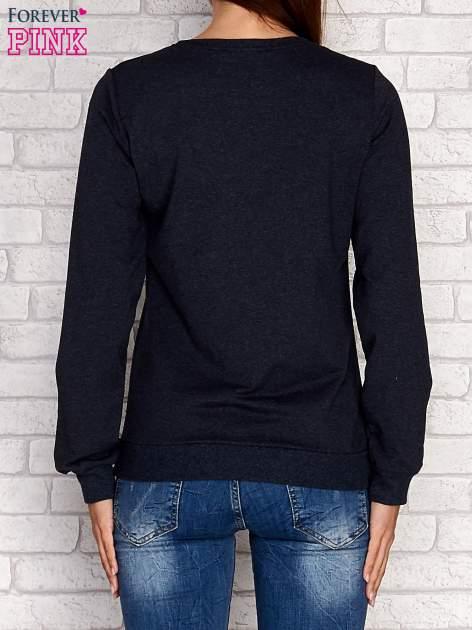 Czarna bluza z napisem JUST LOVE i perełkami                                  zdj.                                  3