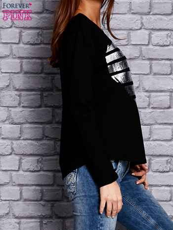 Czarna bluza z sercem                              zdj.                              3