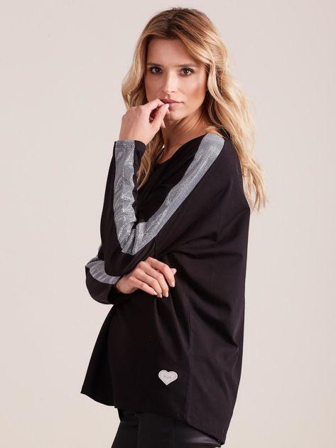 Czarna bluzka oversize ze srebrnymi wstawkami                              zdj.                              5