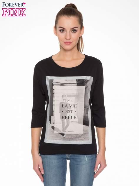 Czarna bluzka w stylu fashion z nadrukiem LA VIE EST BELLE