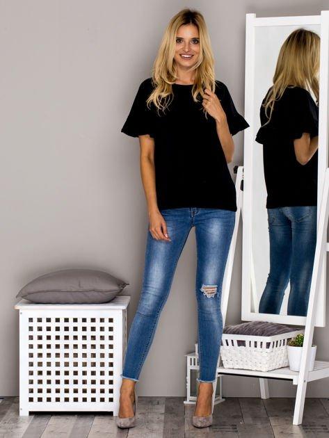 Czarna bluzka z falbanami na rękawach                                  zdj.                                  4