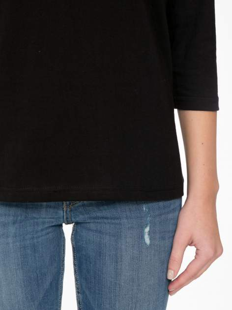 Czarna bluzka z marszczonym dekoltem i rękawkami 3/4                                  zdj.                                  6