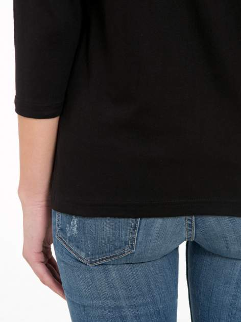 Czarna bluzka z marszczonym dekoltem i rękawkami 3/4                                  zdj.                                  8