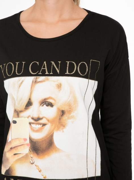 Czarna bluzka z nadrukiem Marylin Monroe                                  zdj.                                  6