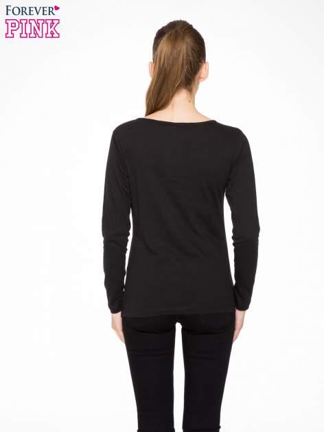 Czarna bluzka z nadrukiem pandy                                  zdj.                                  4