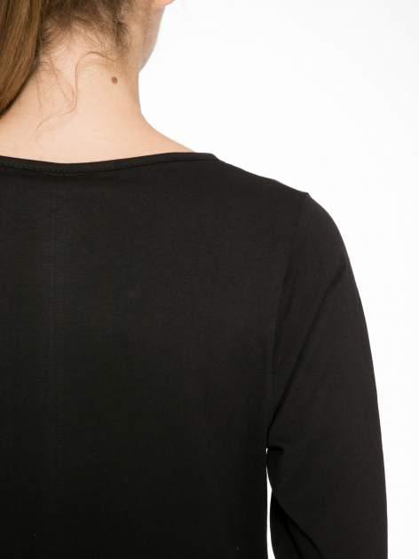 Czarna bluzka z nadrukiem tygrysa i napisem THE NEW COLOURS ARE BLACK                                  zdj.                                  6