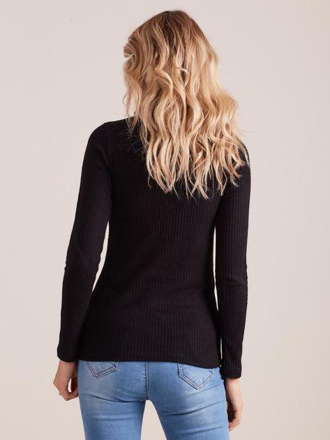 Czarna dopasowana bluzka w prążek ze sznurowaniem                              zdj.                              2