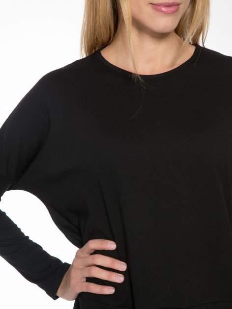 Czarna dresowa sukienka z nietoperzowymi rękawami                                  zdj.                                  5