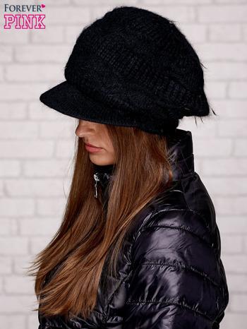 Czarna dziergana czapka z daszkiem                                   zdj.                                  2