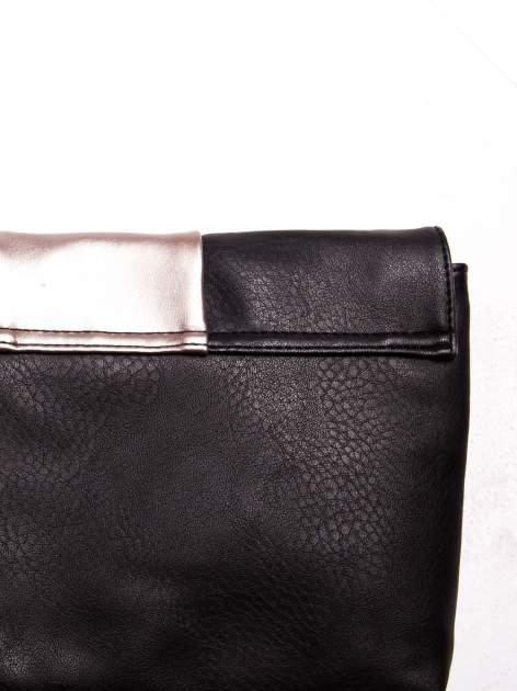 Czarna geometryczna torebka w stylu glamour                                  zdj.                                  2
