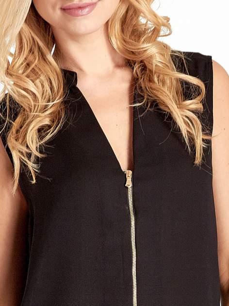 Czarna koszula V-neck z suwakiem                                  zdj.                                  5