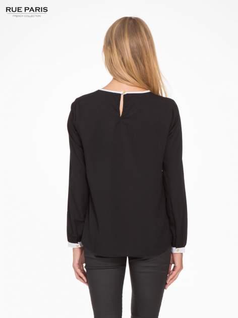 Czarna koszula z kontrastową lamówką przy dekolcie i mankietami                                  zdj.                                  4