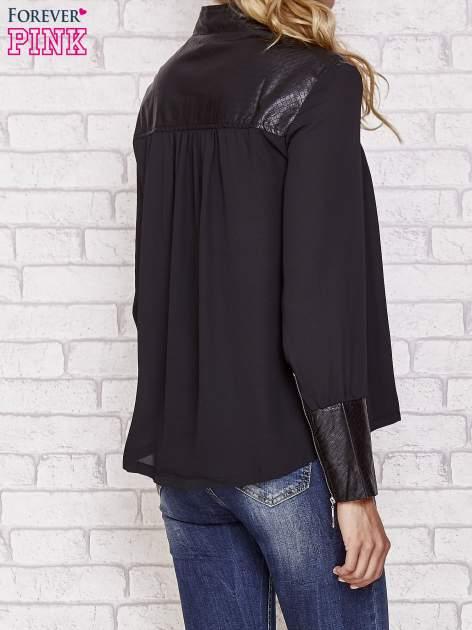 Czarna koszula ze skórzanymi pikowanymi wstawkami                                  zdj.                                  4