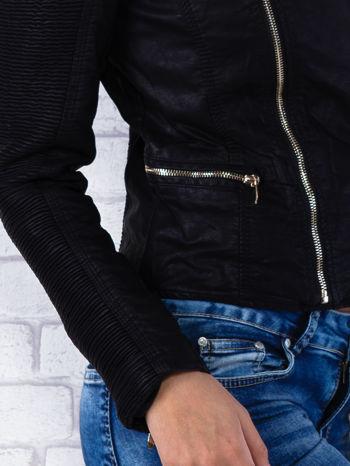 Czarna kurtka ramoneska z ukośnymi suwakami                                  zdj.                                  7