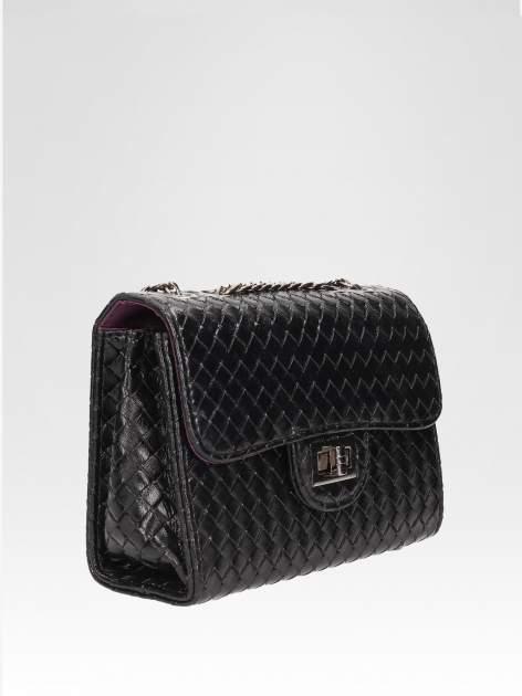 Czarna mała pleciona torebka na łańcuszku                                  zdj.                                  2