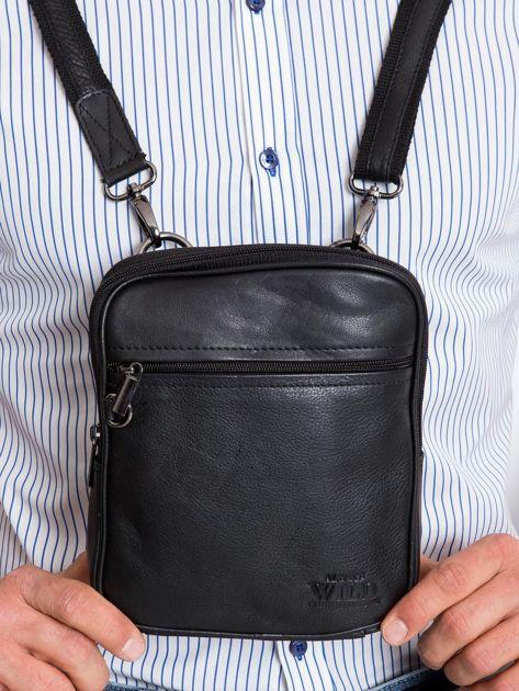 Czarna mała torebka skórzana męska