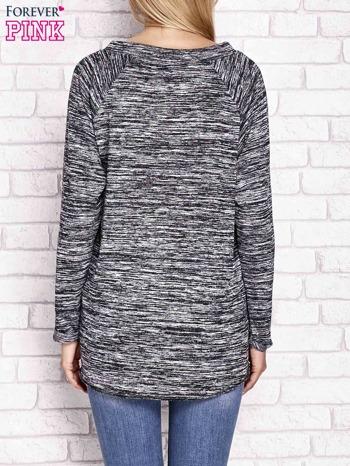 Czarna melanżowa bluza z troczkami                              zdj.                              2