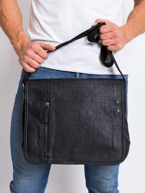 Czarna męska torba na ramię z ekoskóry                              zdj.                              1