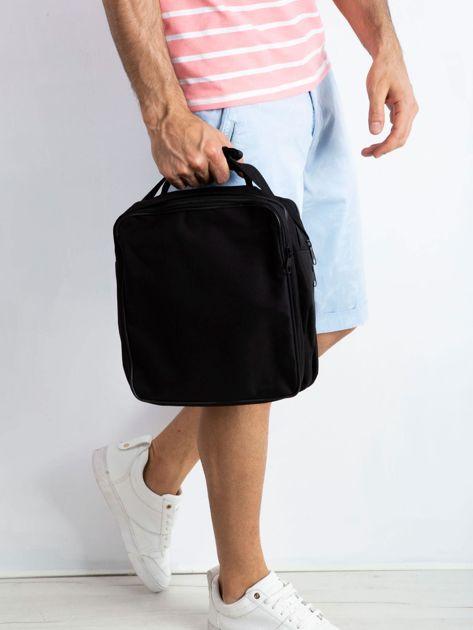 Czarna męska torba z kieszenią                              zdj.                              2