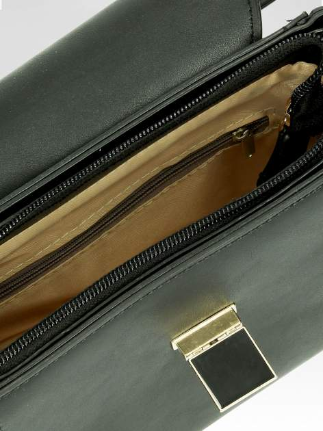 Czarna mini torebka listonoszka z klapką                                  zdj.                                  6