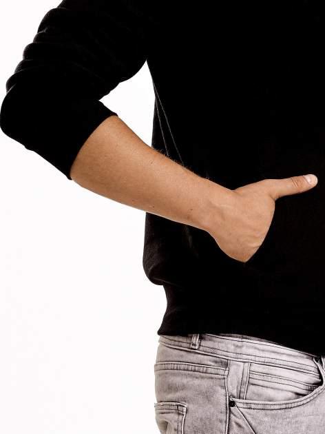 Czarna ocieplana bluza męska na suwak z kieszeniami                                  zdj.                                  6