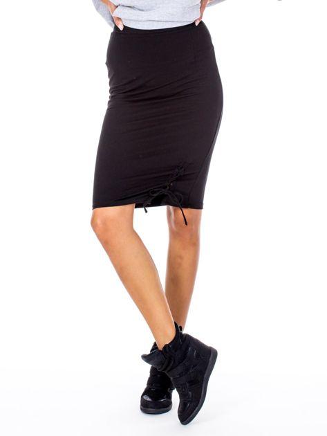 Czarna ołówkowa spódnica ze sznurowaniem                              zdj.                              5