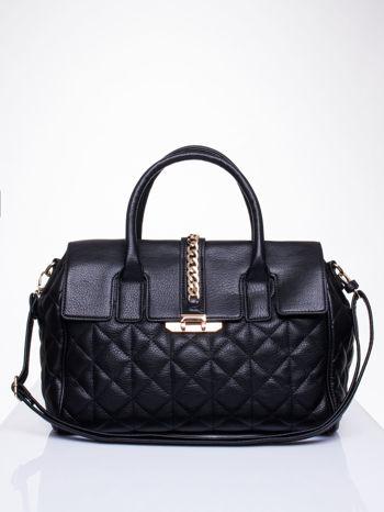 Czarna pikowana torba ze złotym łańcuchem                                  zdj.                                  1
