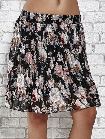 Czarna plisowana spódnica w kwiaty                                  zdj.                                  1