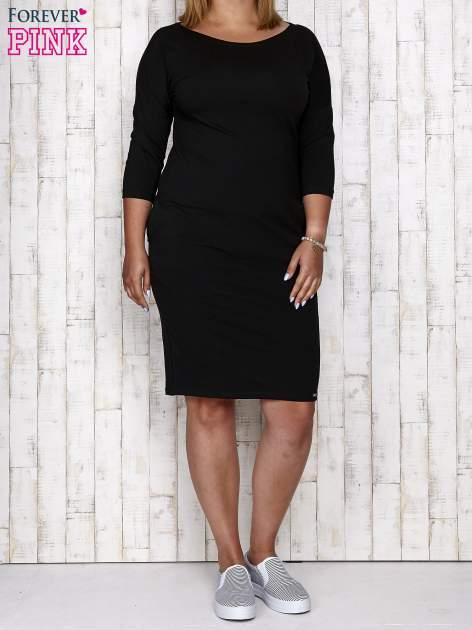 Czarna prosta sukienka dresowa PLUS SIZE                                  zdj.                                  2