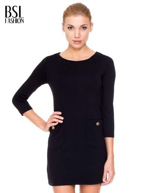 Czarna prosta sukienka z kieszonkami i suwakiem z tyłu                                  zdj.                                  1