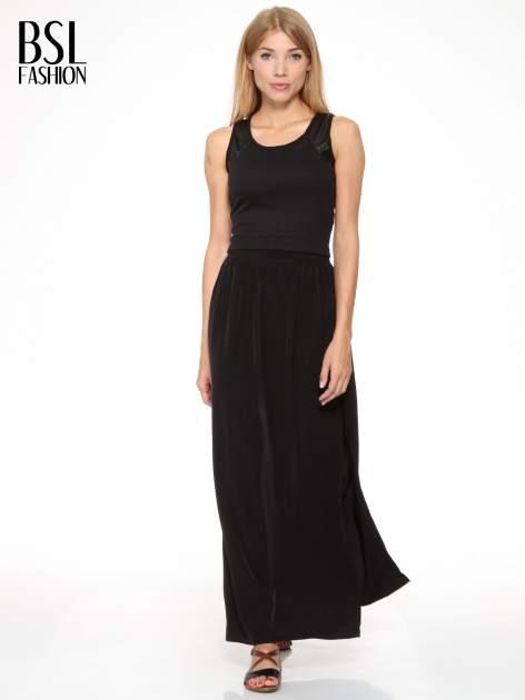 Czarna spódnica maxi z lekkimi plisami