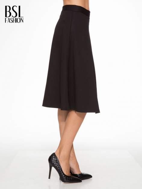Czarna spódnica midi w kształcie litery A                                  zdj.                                  3