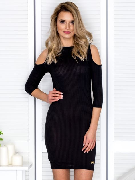 Czarna sukienka cold arms prążkowana                              zdj.                              1