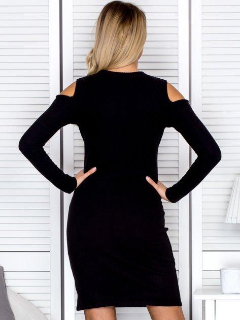 Czarna sukienka cold arms w prążek                                  zdj.                                  2