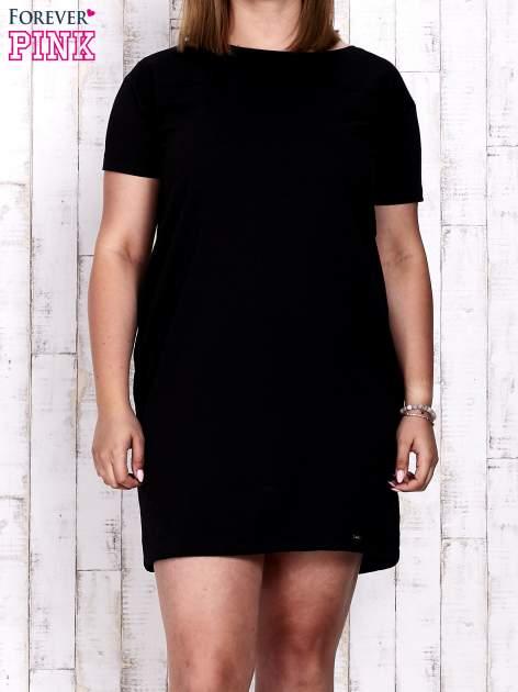 Czarna sukienka dresowa ze ściągaczem na dole