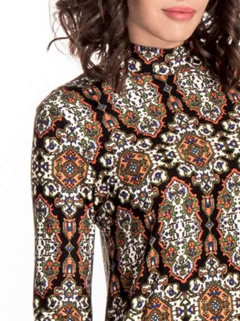 Czarna sukienka etno z rozszerzanymi rękawami                                  zdj.                                  4