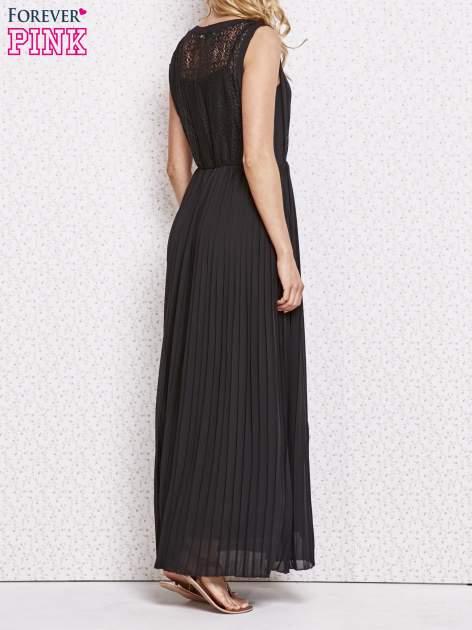 Czarna sukienka maxi z koronkowym przodem                                  zdj.                                  4
