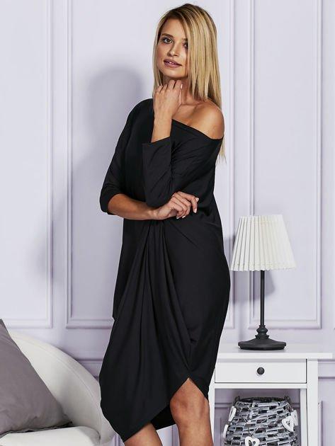 Czarna sukienka oversize                                   zdj.                                  3
