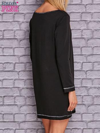 Czarna sukienka oversize z kieszeniami                                  zdj.                                  4
