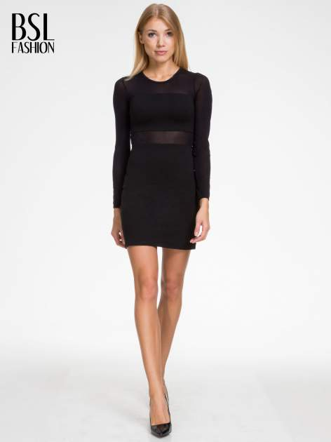 Czarna sukienka tuba z transparentnymi modułami                                  zdj.                                  2