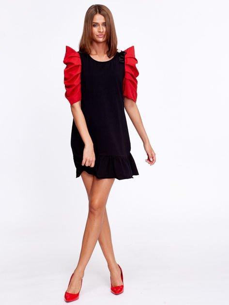 Czarno-czerwony strój wróżki                              zdj.                              4